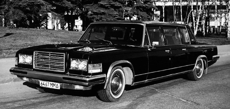 Парадный автомобиль ЗИЛ-41044, который до сих пор впечатляет автолюбителей